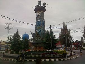 Tigapanah-20121115-00343